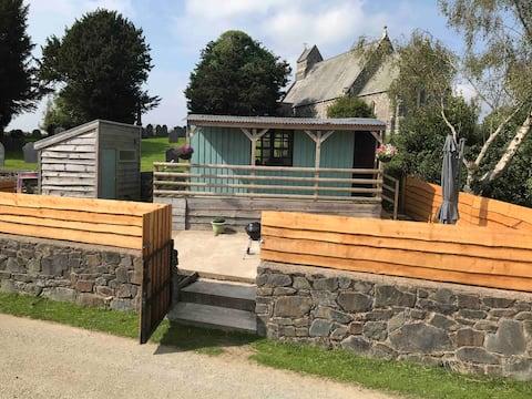 Rural Village Shepherd's Hut in Mid Wales