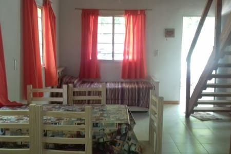 Duplex en Mar de Cobo p/5 per. a 8 cuadras del mar
