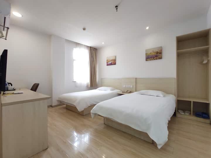 『美铂酒店』市中心长江路财富广场高性价比酒店公寓