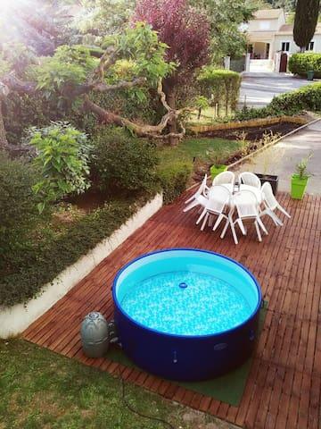 T3 rdc villa,entrée privée,terrasse,jardin,jacuzzi