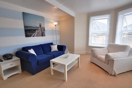 7 Mollbern House - Bournemouth - Apartment
