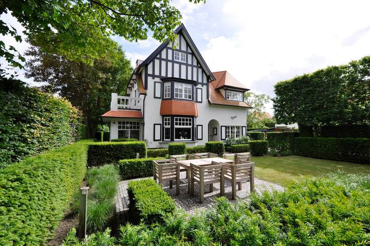 Exclusive villa in the heart of the Zoute - Knokke-Heist - Villa