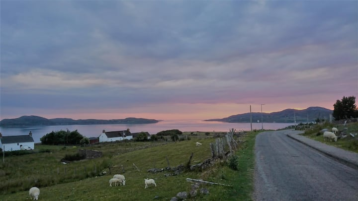 Cnoc Glas - Self contained with stunning views