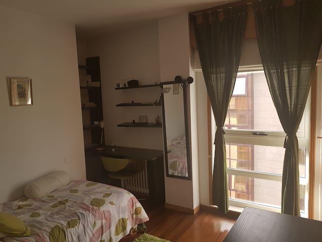 bonita y agradable habitaci n en piso compartido flats
