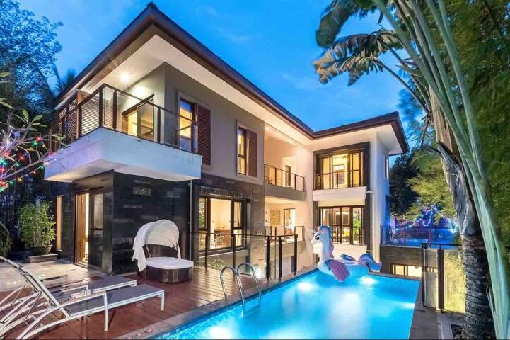亚龙湾网红泳池度假别墅,免费接机