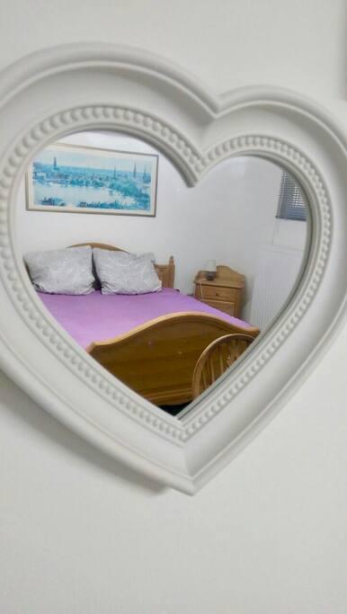 Schlafzimmer, Bett 1,80x2m