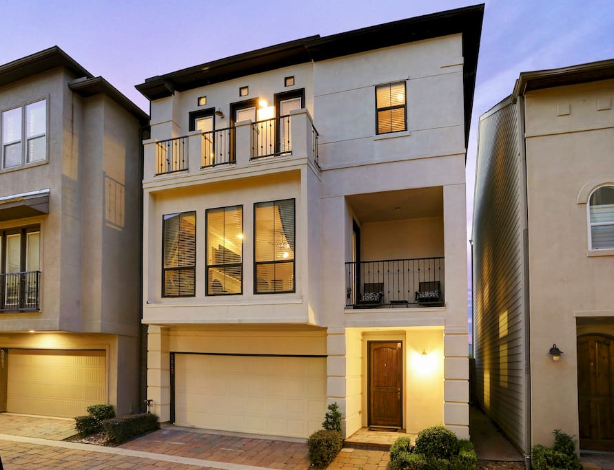 Immaculate town home br ba gym townhouses for