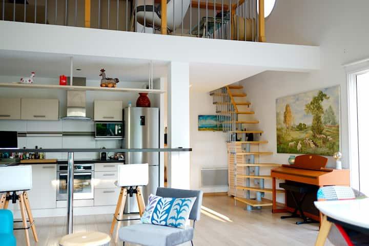 Jolie villa récente 3 chambres, 100 M de la plage