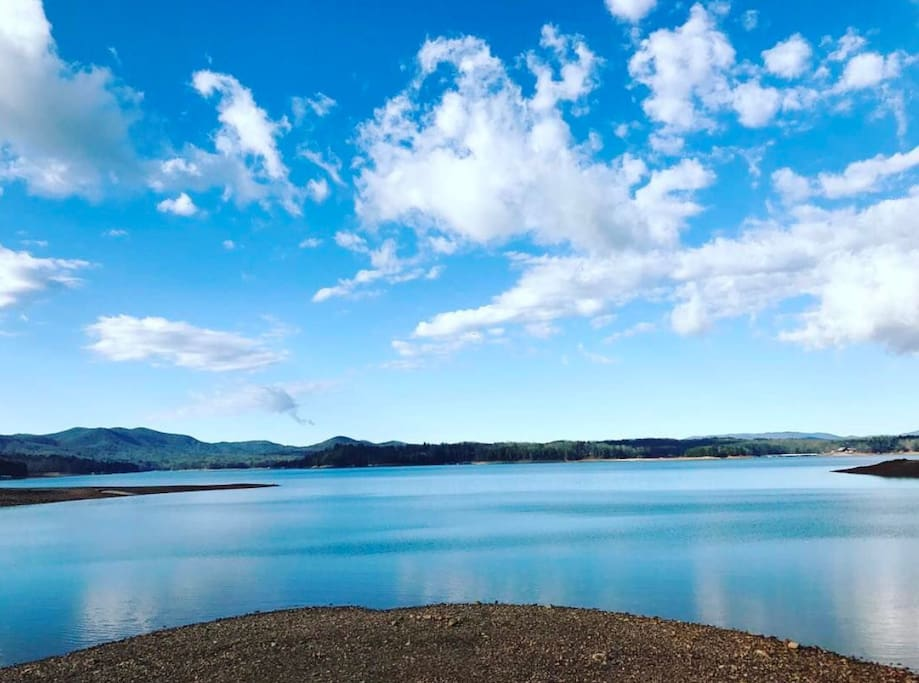 A lake so extraordinary!