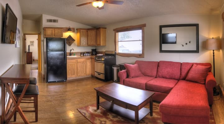 One Bedroom Riverbend Cabin