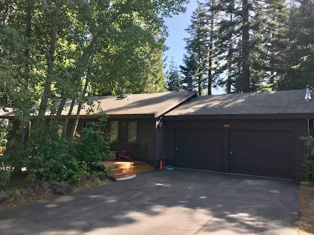 Dog Friendly Home in Tahoe City