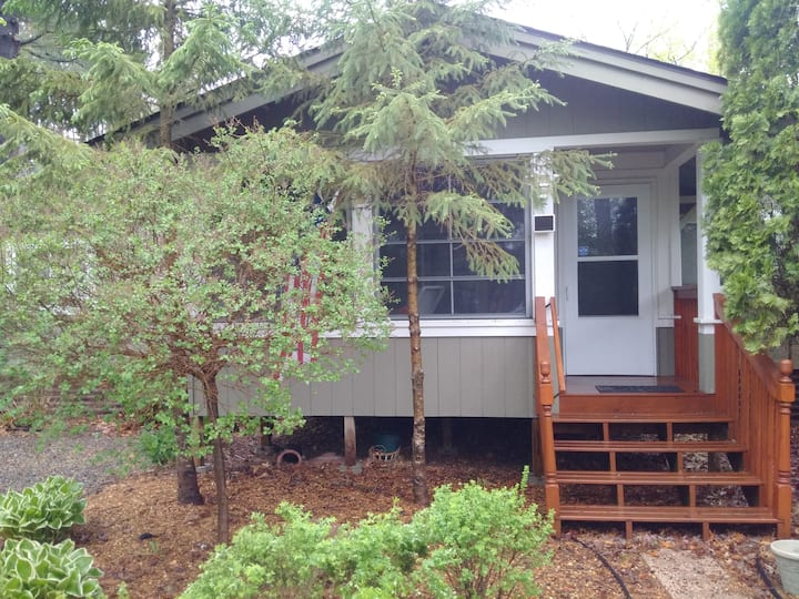 Mille Lacs Cabin for Rent-Maximum Four Guests