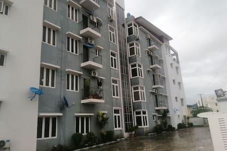 Exquisite 2bdrm Serviced Apartment