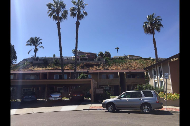 La Paloma apartment complex