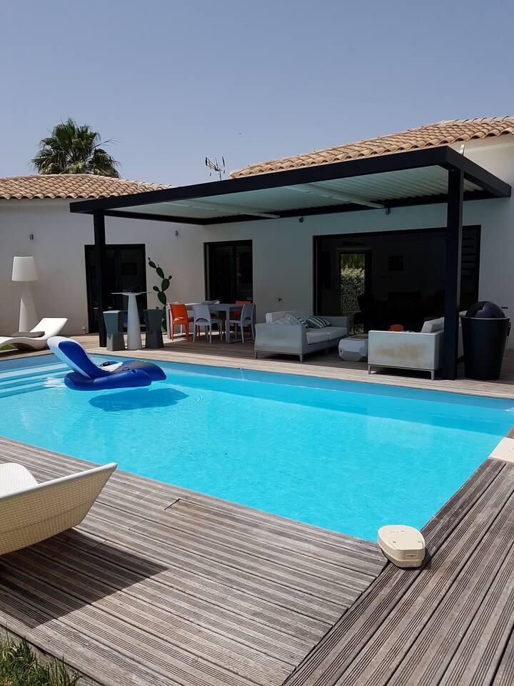Tres belle villa d'architecte contemporaine WIFI