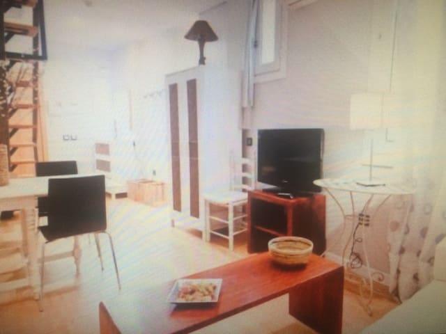 Bright apartment - Linz - Byt