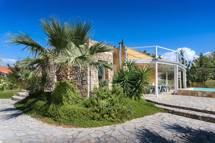 Villa Acquarium - Holiday Rental with swimming pool in Gallipoli, Apulia