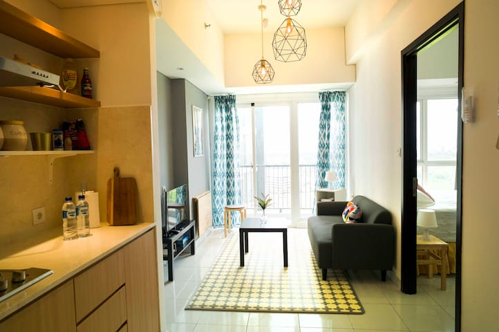 Scandinavian 1 br apt, free Wifi, near ICE & AEON.