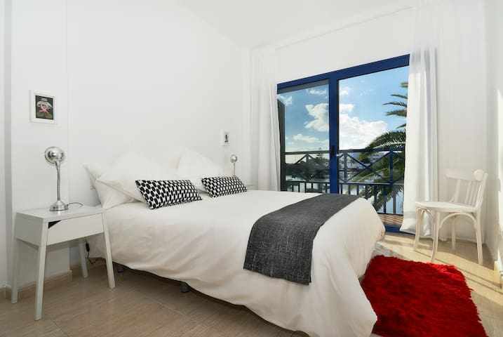 Raspa Sea Views Arrecife Wifi, 2 bedrooms,Terrace!