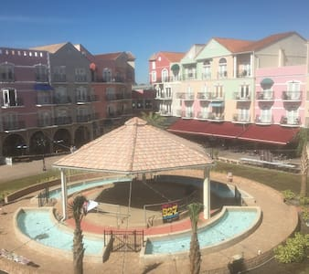 European Village suite with balcony - Palm Coast