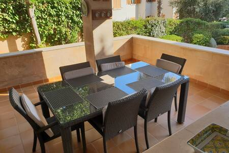 Room with double bed in Palma