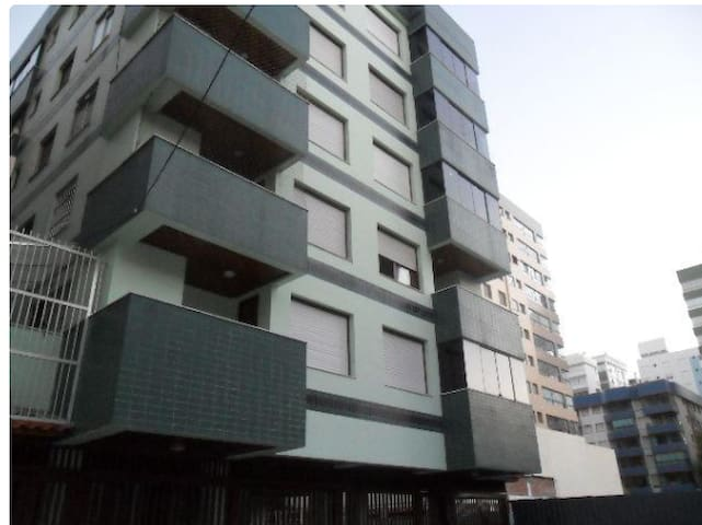 Apartamento em Capão da Canoa - 2 quadras do mar