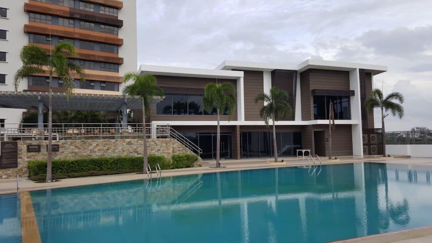 Modern 1 Bedroom Condo Unit in Filinvest, Alabang - Muntinlupa - Condominio