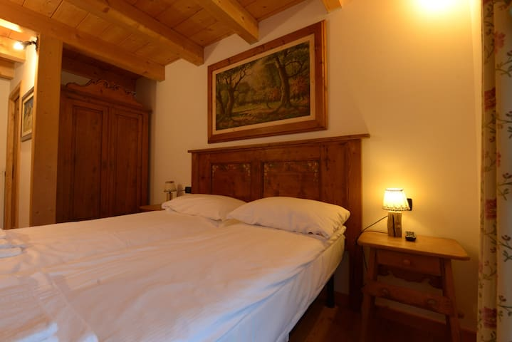 Nice studio apartment with terrace - Peaio - Departamento