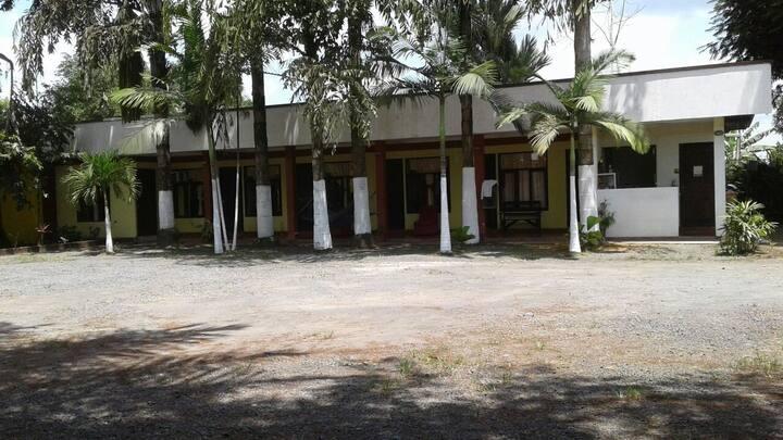 Hotel Tropico ( Habitacion Quintuple )