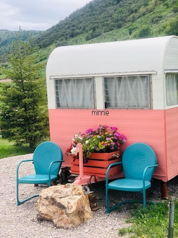 Retro camper (Minnie)