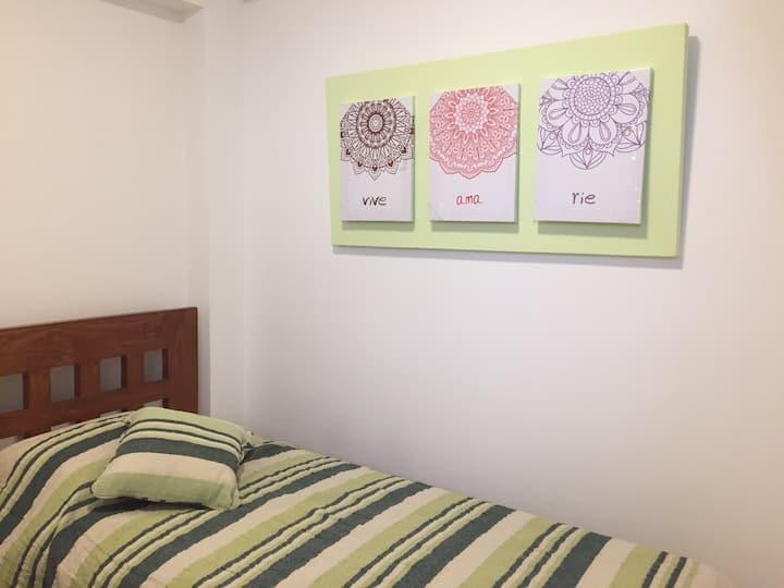 Alojamiento privado para 1 Miraflores residencial