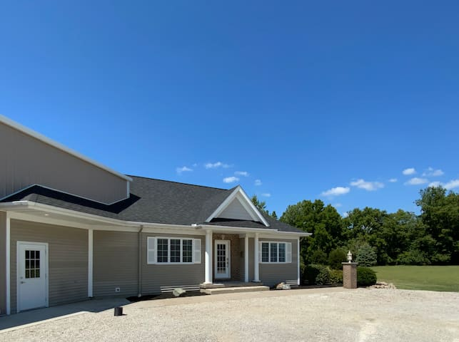 Lake Shelbyville-Lakeside Villas