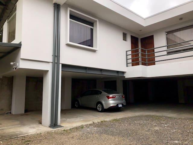 Apartamento amueblado en Cartago