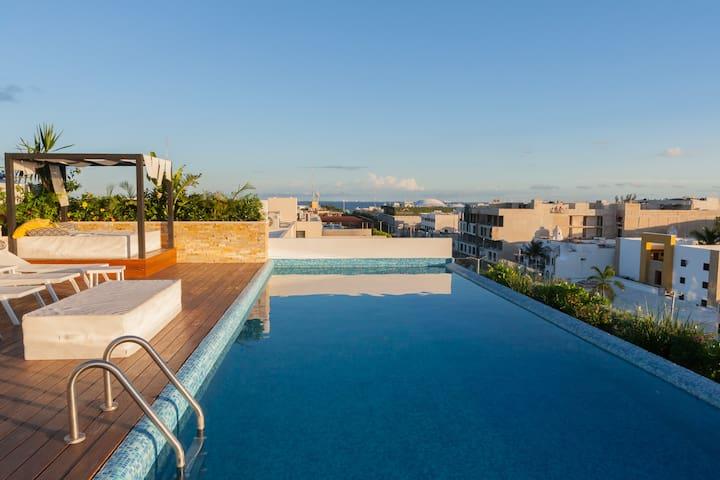 TOP AMENITIES, GREAT LOCATION! in Playa del Carmen