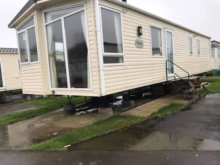 3 bed Caravan for all the family own car space