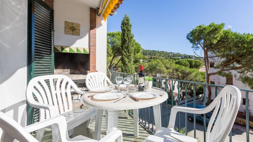 4 bedroom Apartment sleeps 7 in Llafranc