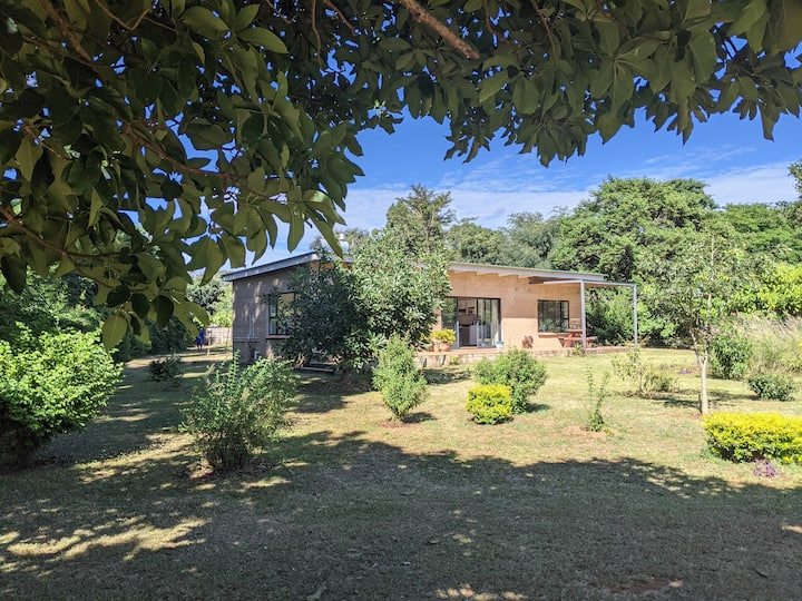 Modern Serviced One Bedroom Cottages in Harare
