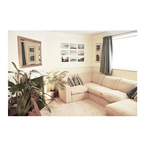 Cosy Two Bedroom Twickenham Ground Floor Apartment