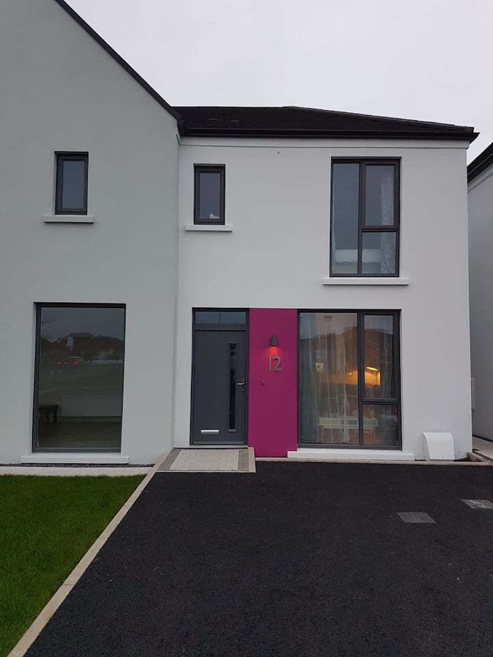 Fabulous modern seaside home in Portstewart NITB
