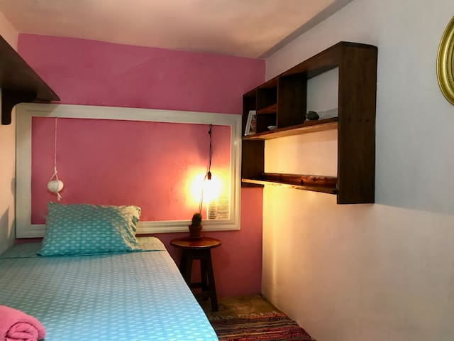 La Cava - private single bed room
