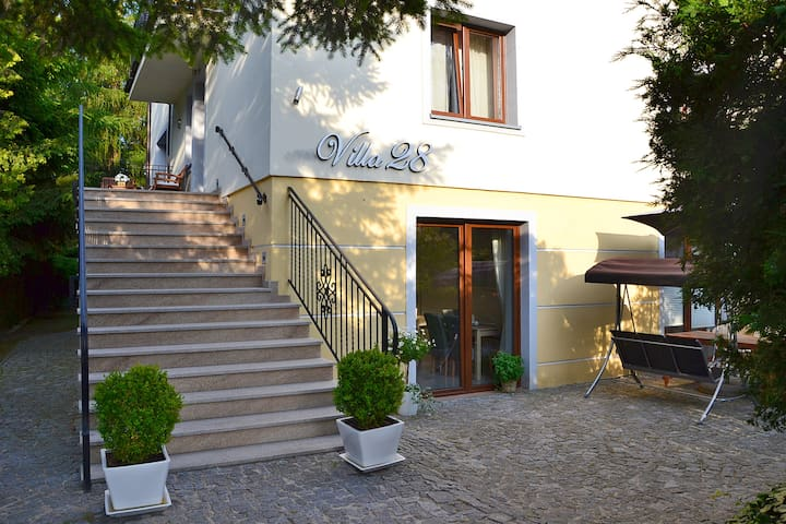 Villa 28, Apartment an der polnischen Ostsee - Pobierowo - Bed & Breakfast