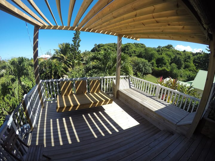 "Grande Villa "" coconuts"" avec piscine et jacuzzi"