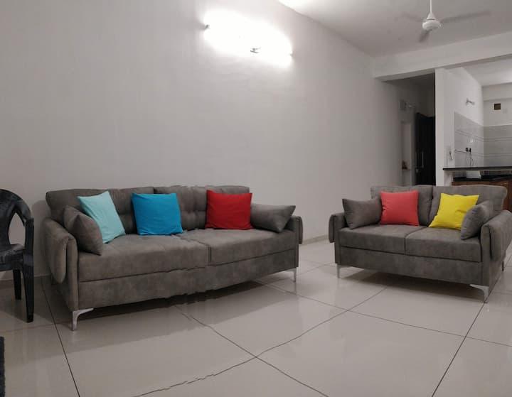 Satvam 4-3BR  Full Furnished Holiday Home-Vadodara