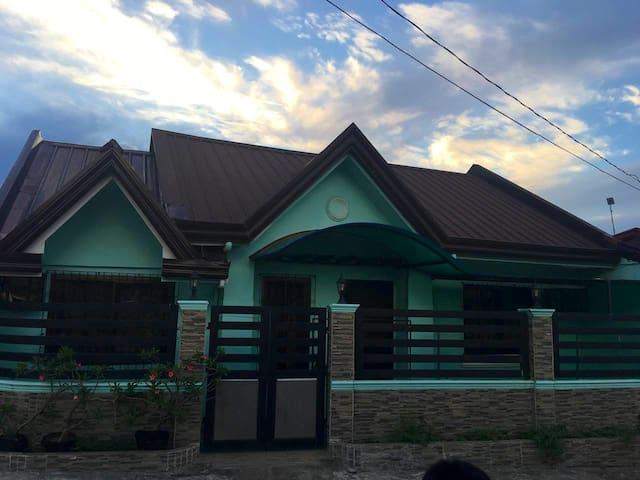 CUTE BUNGALOW HOUSE IN SANTIAGO CITY, ISABELA