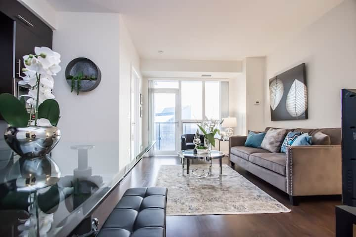 ★☆ High-end Luxury 1bed + Parking / Subway ☆★
