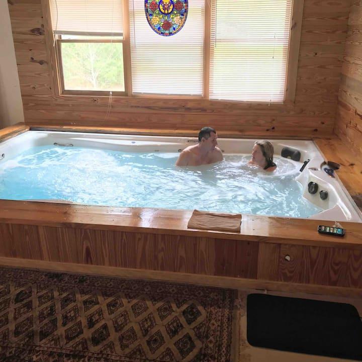 20% off - 3 BR Cabin INDOOR Pool/Sauna YOURS ONLY