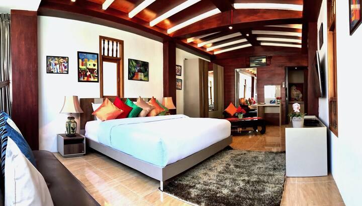 Thai Style Duplex Apartment near Patong Beach
