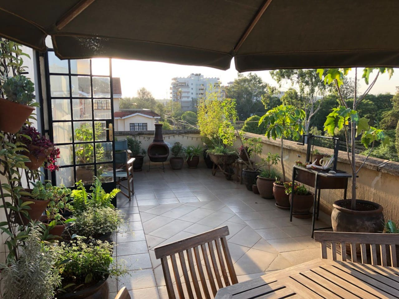 Private roof garden perfect for sundowners