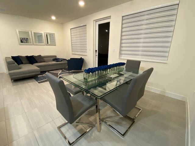 Brand New Apartment, close to the Dolphin Mall!!
