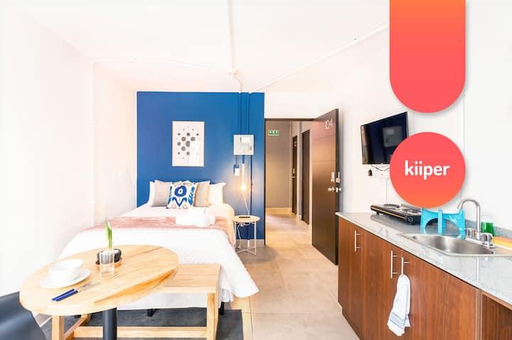 kiiper   Comfy Studio with Private Patio   2 PPL